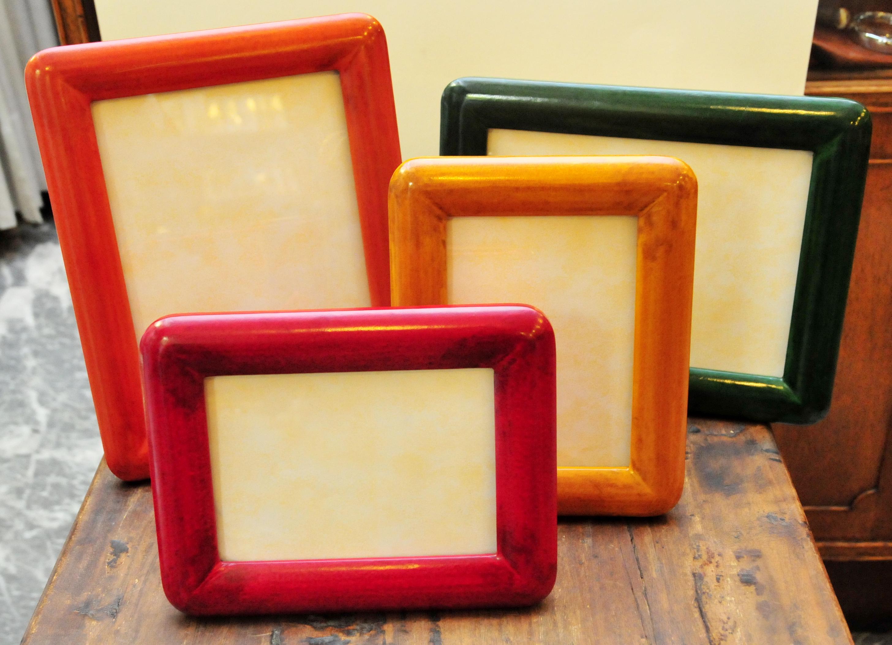 Cornici Colorate Per Foto cornici in cuoio massello colorate